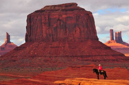 Monument Valley Tours tfrom Across Arizona Tours
